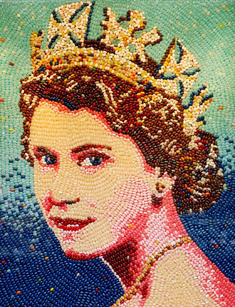 inothernews: READY FOR HER JELLY… BEAN A mosaic of Queen Elizabeth II, created with around 10,000 jelly beans.  (Photo: PA via the Telegraph)