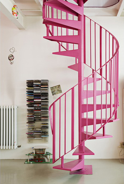 inspiro:  what do u think about this pink stairs?