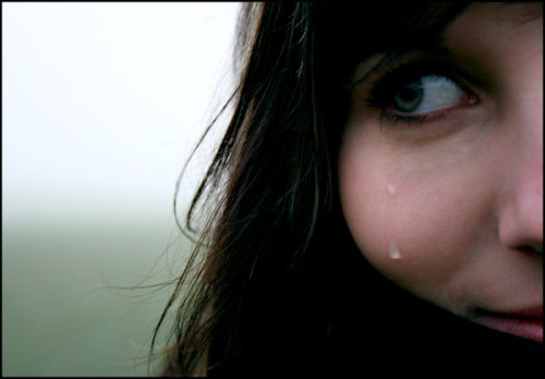 Beautiful tears (via sexual)