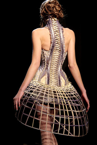 cottonandcandy:  Jeal Paul Gaultier HC