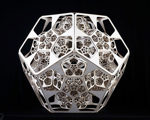 proofmathisbeautiful:  un:  (via jingc) Foldable Fractal 2.0 by Sanch (via dataisnature)