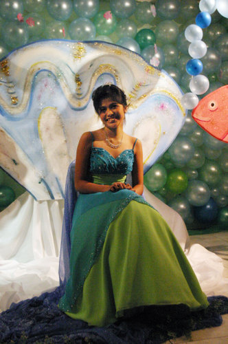 Gusto ko ulit magdebut. HAHA. yes feeling mermaid ako with my kabibe