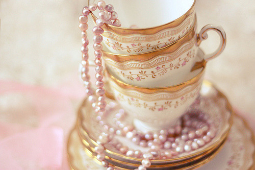 China & Pearls ~ (via your willing skin)