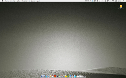 minimalmac:  This is how my desktop looked after the Unclutter your mac in one week. I cheated a little bit and did it all in two days but the result is really great.  Actually now I love my Macbook Pro even more than I love my iMac. Since the iMac is used by my wife as well, it is impossible to keep it uncluttered. I've even tried two users but it didn't work. She kept login on my user. Hazel is really a nice app and it helped me to keep both Documents and Downloads folders organized.