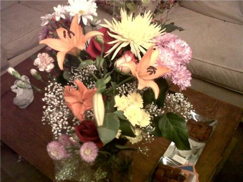 Best Husband Ever - flowers for our 4 year dating anniversary last night. So sweet! They make the entire apartment smell amazing!