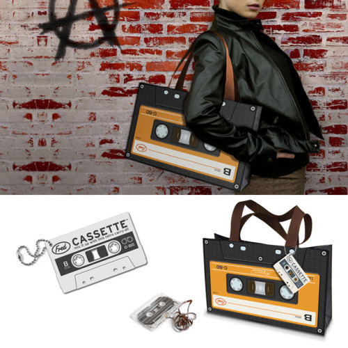 staceyfike:  CASSETTE TOTE™   must have this!