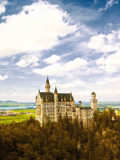 landscapelifescape:  Neuschwanstein Castle, Bavaria, Germany DreamWorld
