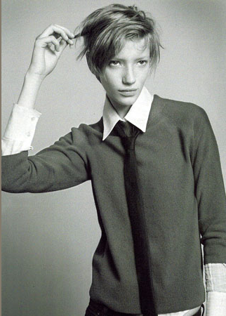 Model Milagros Schmoll.
