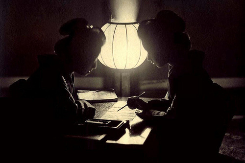 benjaminhilts:  GEISHA IN SILHOUETTE WRITING A LETTER — An Unusual Image from OLD JAPAN (via Okinawa Soba)