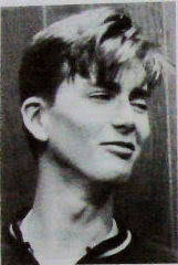 faeriequeen:  davidtennantshair:  One of David's school photos.  Mmm, jailbait Tennant! ;)