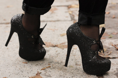 unnerving:  I need some sparkly shoes   my god, me too