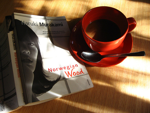 theantidote:  Breakfast with Murakami (via *emong*(slow internet))