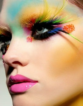 prettymission:  Amazing make-up. Photographed by Lili Forberg.