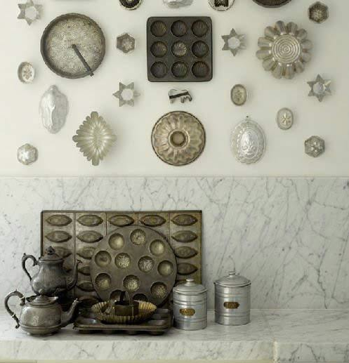 I love collections artfully displayed. image via http://www.thekitchn.com/