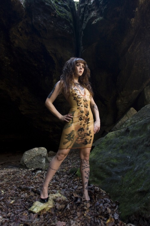 ego-assassin:  (via cassket) Apnea took one of our dresses out into the Ozarks. I wonder what the wilderness was thinking and if it had ever seen the like before…  This is why we love Ego Assassin!!!