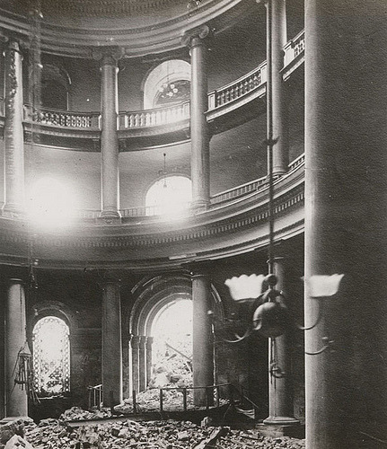 Interior of City Hall after 1906 Earthquake (via gaswizard)  See more old San Francisco photos http://www.flickr.com/photos/antiquelighting/tags/sanfrancisco/