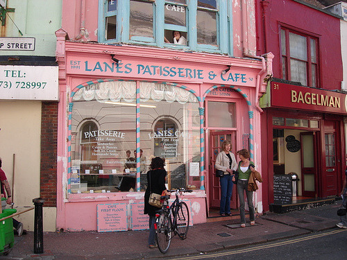 cutest bakery in brighton (via lobster and swan)