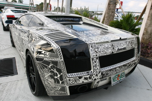 tequilaa:  miami style lambo's  Miami only rolls in style, the famous sharpie lambo!