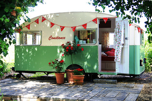 Constance 1956 Vintage Caravan (via snailtrail.co.uk vw camper hire)