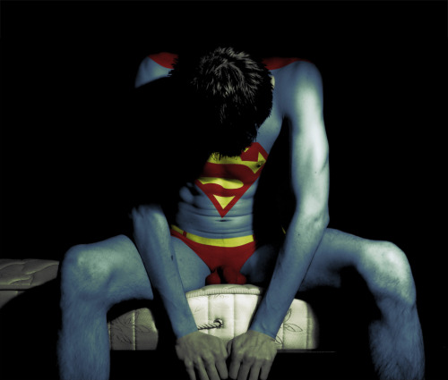 Superman…Bodypainting… queerlife:  Superman