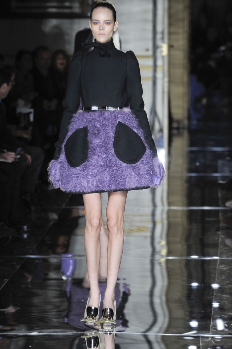 Pocket Full of Kryptonite at Miu Miu. Still enamored. (via fuckyeahfrejabeha)