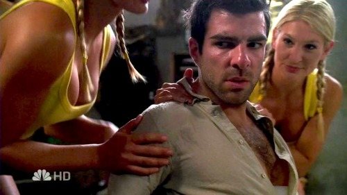 deepbutdazzlingdarkness:  Sylar just looks so ~tempted. LOL.