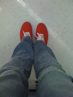 New Ked-like shoes. Brigt red! Yeah!