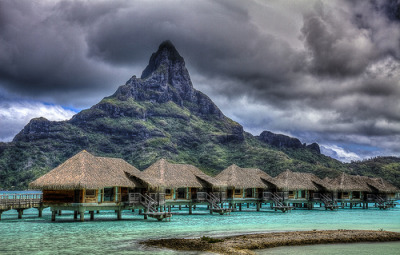 Bora Bora Clouds (via vgm8383)