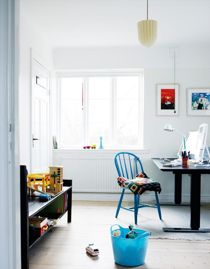 The home of a Danish family living in Sweden. Photo by Mikkel Adsbøl for Hus & Hem.