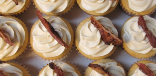 Maple Bacon Cupcakes Recipe by bacontoday.com via mikehat: Also see, Dark Chocolate Bacon Cupcakes by allrecipes.com