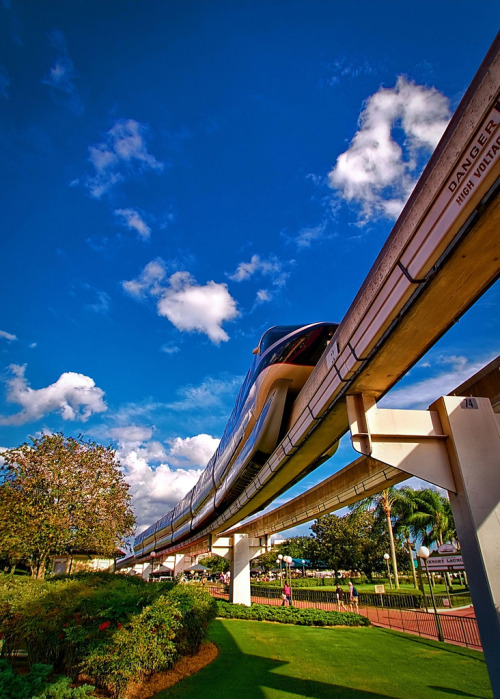 super cool photo. i happen to love the monorail.