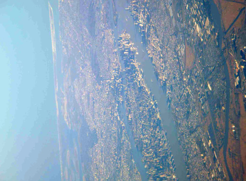 kml:  Manhattan from 10,000 feet (via bunky67)