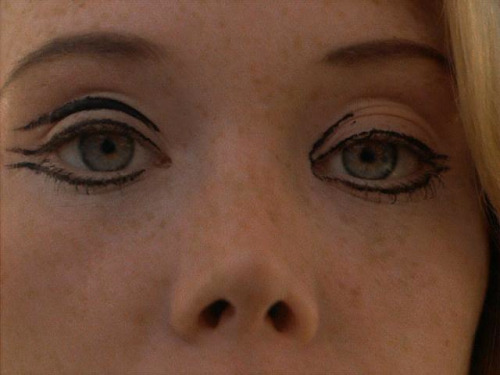 "oldhollywood:  Sissy Spacek in Badlands (1973, dir. Terrence Malick) ""The day was quiet and serene but I didn't notice, for I was deep in  thought, and not even thinking about how to slip off. The world was like  a faraway planet to which I could never return. I thought what a fine  place it was, full of things that people can look into and enjoy."""