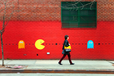 thedailywhat:  Street Art of the Day: Katie Sokoler's Pac-Man goes hunting for humans (100 points!) on the streets of Brooklyn. More photos here. [craft.]