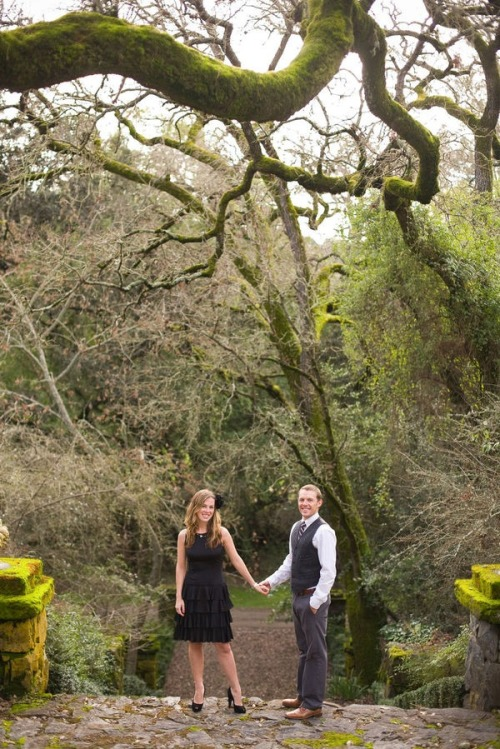 The setting of this engagement photoshoot is incredible! It's like the Secret Garden. Also, i want that dress; too bad it's one-of-a-kind. :(