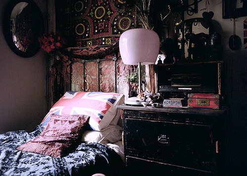 My Bohemian Home ~ Bedrooms and Guest Rooms bohemianshoebox:  interioralchemy: leanan-sidhe: emixt: dulcetdisguise: (via savemedear)