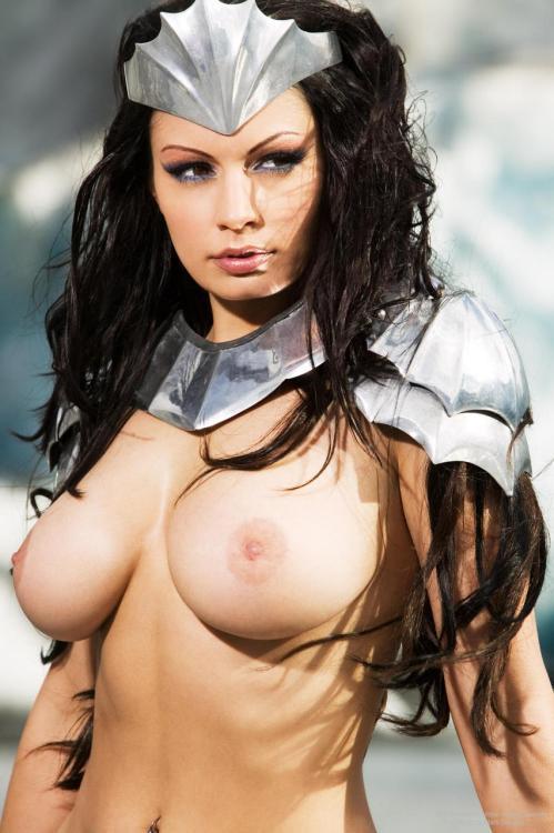 Warrior Queen Aria Giovanni (via everyzig) - Bonjour Mesdames