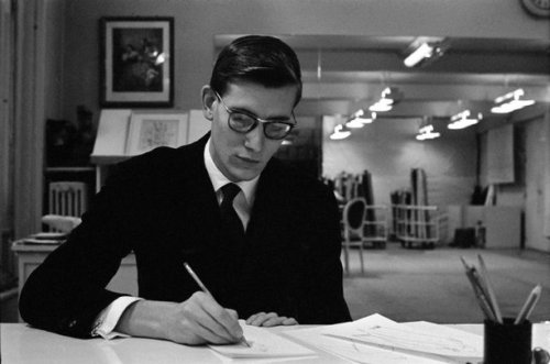 wearebasiclight:  periferie:  ociseor:   PARIS—Yves Saint-Laurent on the day before the opening of his first collection for Dior, 1957. © Inge Morath    (via tranquillement)