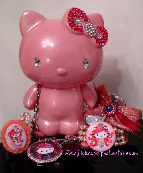 My Hello Kitty 35th Anniversary Coin Bank + Tarina Tarantino Pinkhead Jewelry Submitted by taliebum