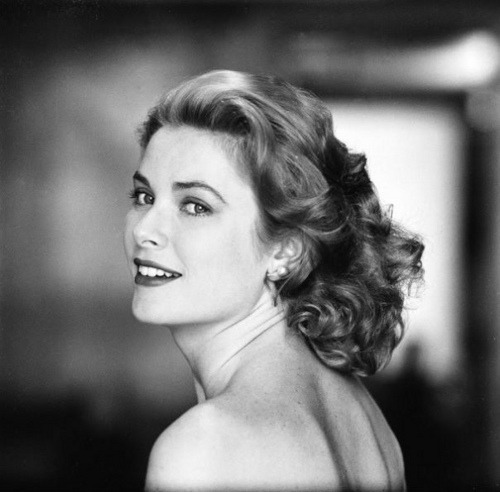 the60livehere:  Grace Kelly(via mudwerks)