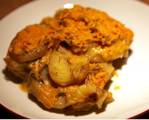 Our blogging besties, quarrygirl, have a recipe up for vegan cheesy potatoes that looks SO FREAKING GOOD that I'm about to go American Pie on its ass. APRIL FOOLS! I don't really want to fuck a giant pile of potatoes and cheese! APRIL FOOLS AGAIN! I totally do!