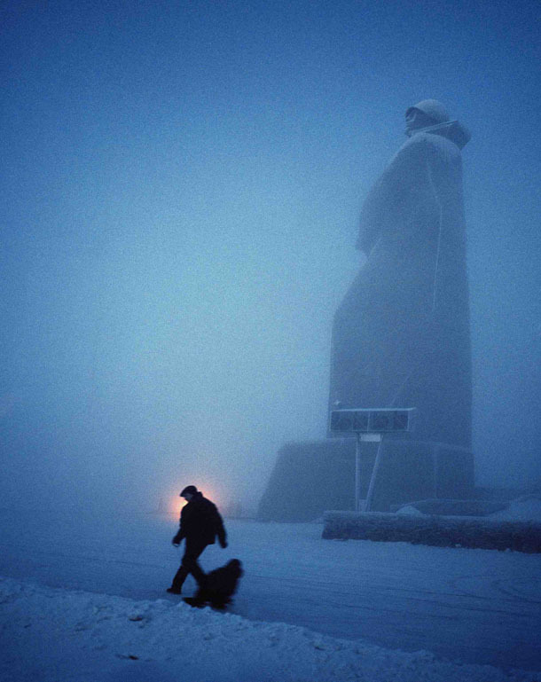 temporality:  architectureofdoom:  onmyowntwohands:  Polar nights…  Monument to the Defenders of the Soviet Arctic during the Great Patriotic War from the Polyarnye Nochi series by Simon Roberts. View this on the map