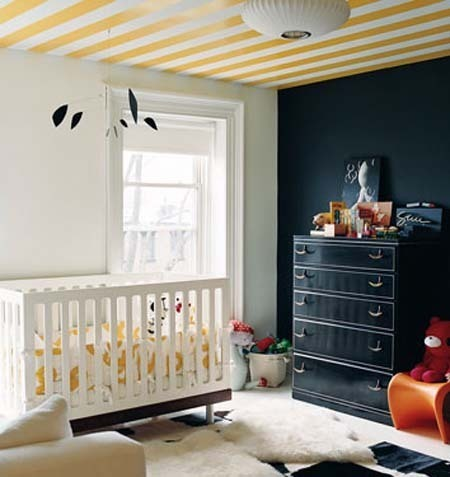 totally dig the striped ceiling! via Apartment Therapy