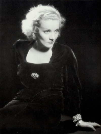 The Marlene Dietrich Rose, 1932.