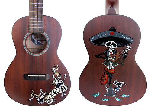 Day of the Dead Art — Ukulele Commission (via David Lozeau)