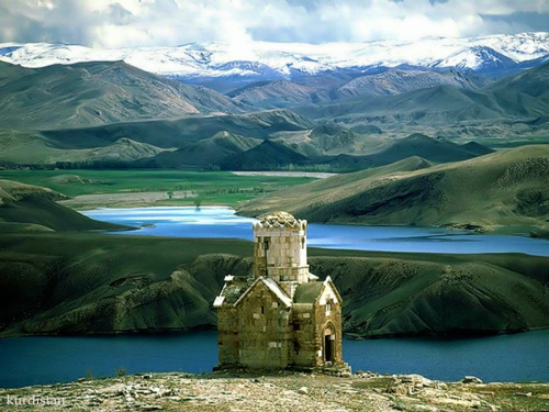 landscapelifescape:  Church, Kurdistan, Iraq (via Kurdistan KURD كوردستان كردستان ا)
