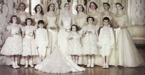 Grace Kelly and her wedding party.