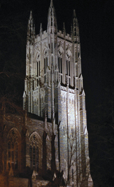 Duke Chapel at night (via Fiddling Bob)