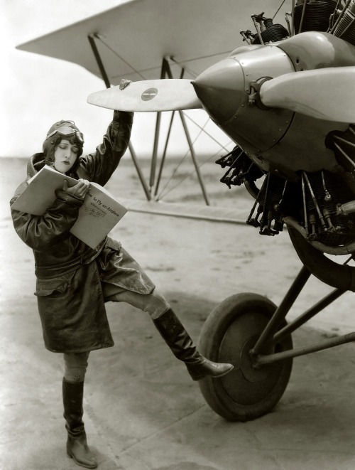 "silentpickford:  rainysanctuary:  Dorothy Sebastian (1929) … ""How to Fly an Airplane"""