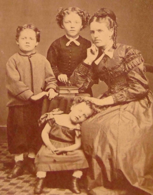 post-mortem photograph of a family